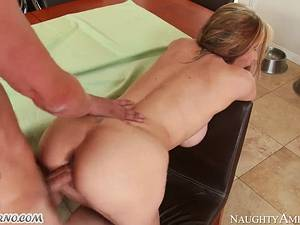 Young boy fucks his girlfriend's horny mom