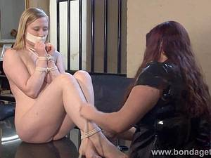 Blonde Satine Sparks restrained and licked by her mistress